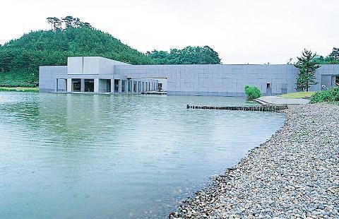 ⑧ 白鳥池(拳湖)